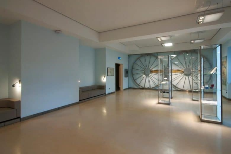 Inside view of shop with Polished Concrete
